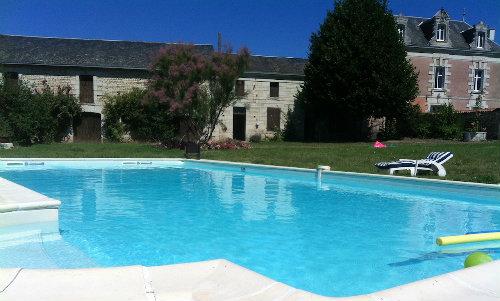 Gite à Curcay sur dive pour  6 •   avec piscine privée