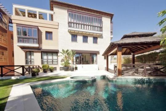 Huis 14 personen San Pedro De Alcantara - Vakantiewoning  no 41270