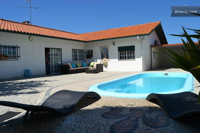 Maison à Marinha grande pour  7 •   avec piscine privée   n°41385