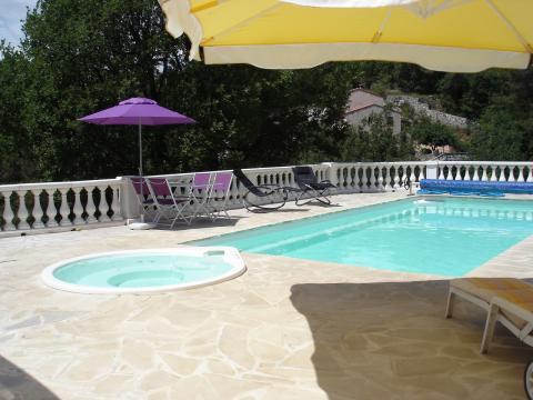 Appartement La Gaude - 8 personnes - location vacances  n°41540
