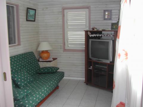 Gite à Sainte rose pour  6 •   2 chambres
