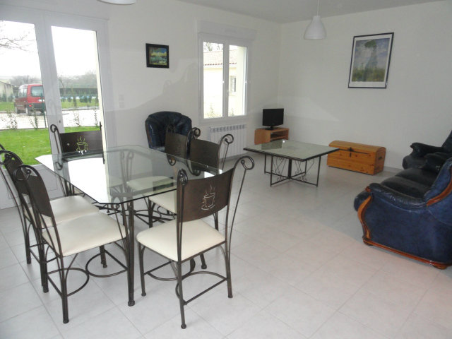 Gite Barzan - 5 personnes - location vacances  n°41672