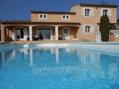 House in Aix-en-provence for   8 •   with private pool   #41701