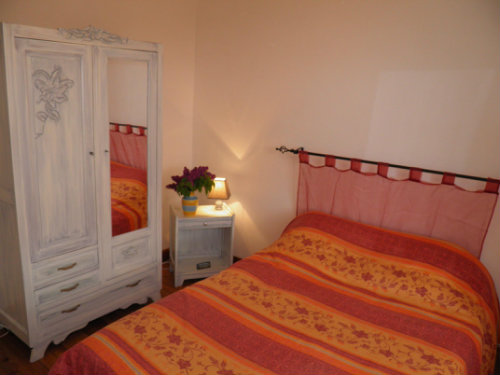 Flat in murol - Vacation, holiday rental ad # 41814 Picture #1