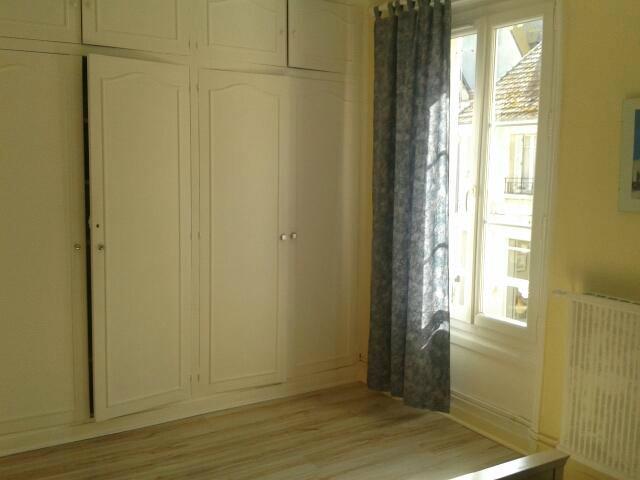 appartement deauville louer pour 6 personnes location n 42023. Black Bedroom Furniture Sets. Home Design Ideas
