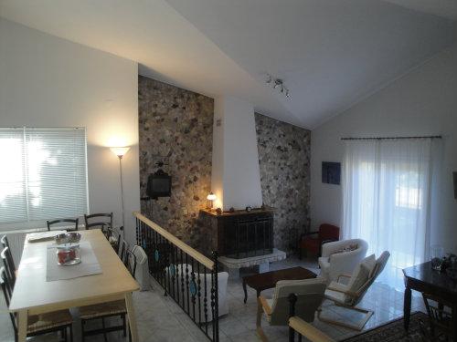 Maison à Vilia pour  6 •   avec balcon