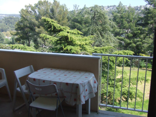 Carnoux en provence -    mit Balkon