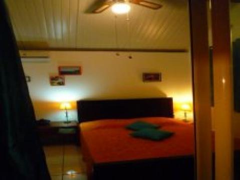 Gite à Dumbéa pour  15 •   avec terrasse
