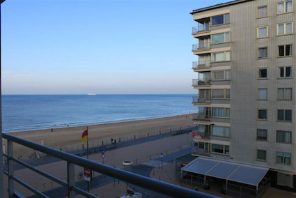 Ostend -    view on sea