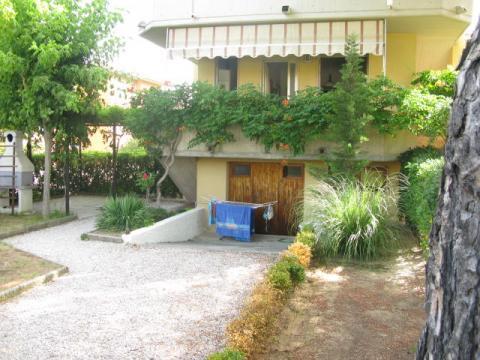 Haus in La mazzanta für  5 •   mit Terrasse