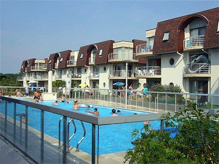Flat Bredene - 6 people - holiday home  #42682