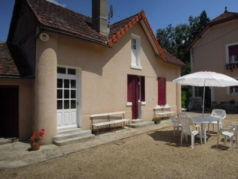 House Varennes Sur Fouzon - 4 people - holiday home  #42814