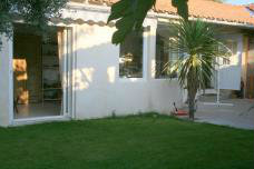 House in Istres - Vacation, holiday rental ad # 42877 Picture #3