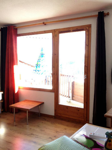 Flat in La Tania - Vacation, holiday rental ad # 42890 Picture #1