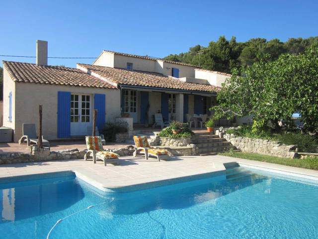 House Velaux - 11 people - holiday home
