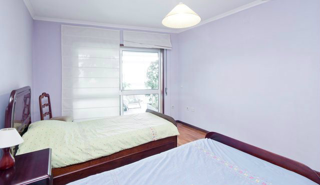 Bed and Breakfast in Porto for   3 •   1 bedroom   #43028