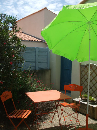 Studio in la rochelle - Vacation, holiday rental ad # 43213 Picture #0
