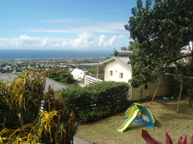 Bungalow in St Denis - Vacation, holiday rental ad # 43286 Picture #3