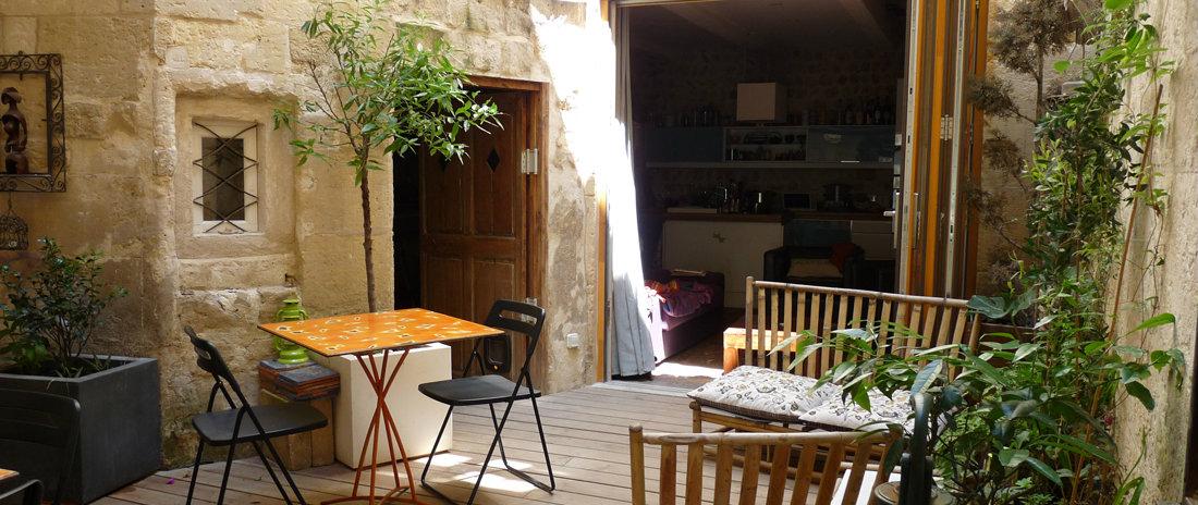 chambre d 39 h tes arles louer pour 6 personnes location n 43429. Black Bedroom Furniture Sets. Home Design Ideas