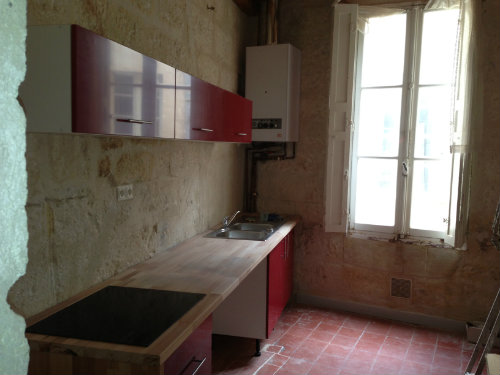 Flat in Avignon - Vacation, holiday rental ad # 43430 Picture #0