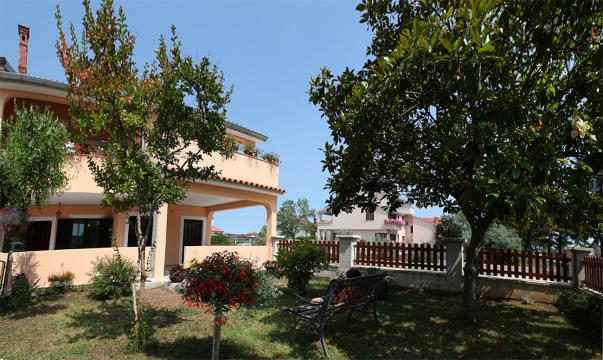 House Fažana - 5 people - holiday home  #43446