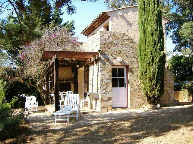 Huis La Croix Valmer - 6 personen - Vakantiewoning  no 43519