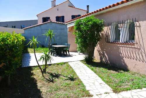House in Argelès-sur-mer - Vacation, holiday rental ad # 43681 Picture #1
