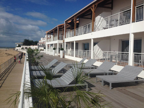 Flat in La Tranche sur mer - Vacation, holiday rental ad # 43686 Picture #1