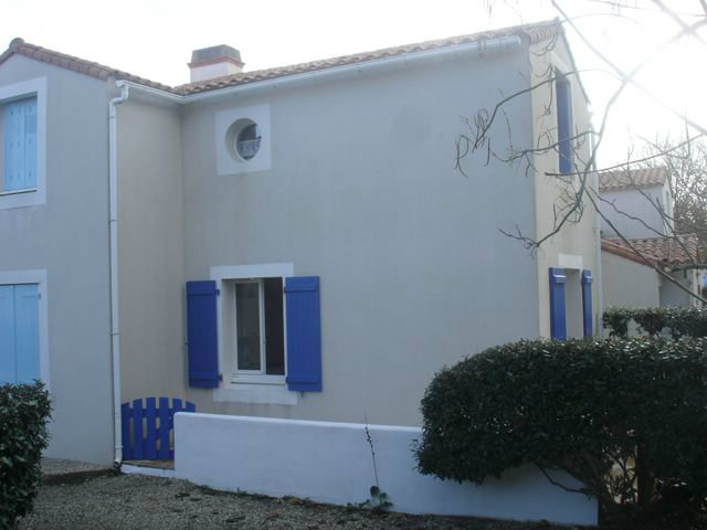 House in Noirmoutier for   4 •   with terrace