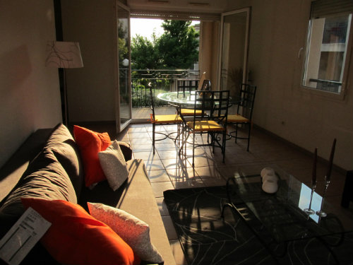 Flat in CARCASSONNE - Vacation, holiday rental ad # 44025 Picture #3