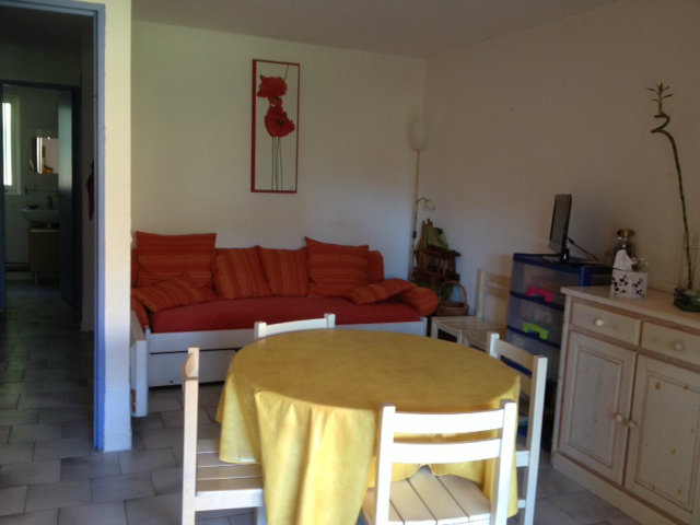 Flat in Le Pradet - Vacation, holiday rental ad # 44520 Picture #2