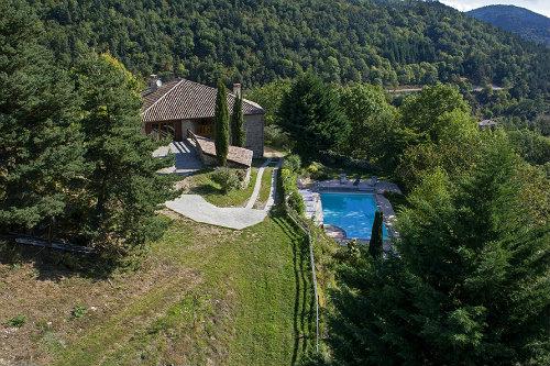 Gite à St symphorien de mahun pour  16 •   avec piscine privée