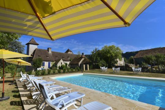 Gite Floirac - 28 personnes - location vacances  n°44720
