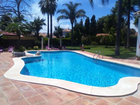 House in San pedro de alcantara, costa del sol , malaga for   12 •   with private pool   #44826