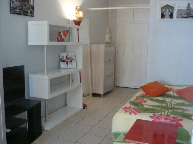 Appartement St Francois - 4 personnes - location vacances  n�45074