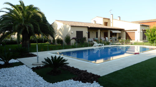 House Figueras - 6 people - holiday home  #45155