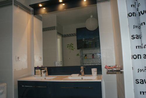 Flat in Marseille - Vacation, holiday rental ad # 45179 Picture #2