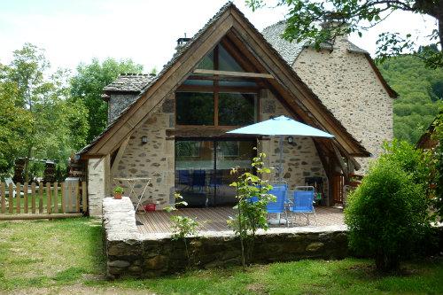Gite Sainte-eulalie-d'olt - 3 personnes - location vacances  n°45191