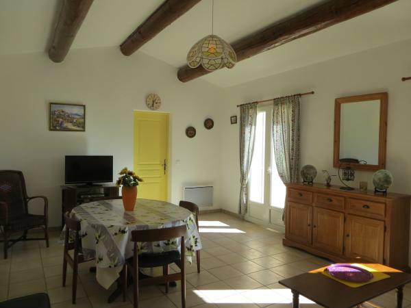Maison Saint Pierre De Vassols - 5 personnes - location vacances  n�45361