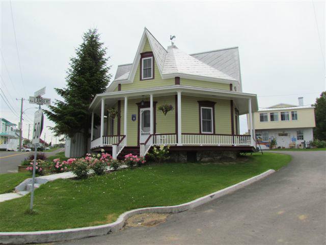 Maison à Leclercville pour  8 •   parking privé   n°45536