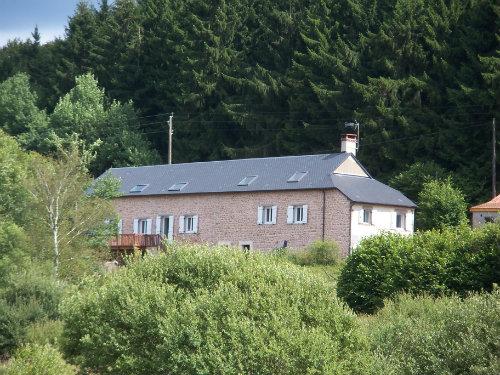 Chambre d'hôtes à Saint-agnan pour  12 •   vue sur lac
