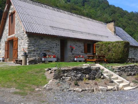 Gite in Estaing - Vacation, holiday rental ad # 45743 Picture #1