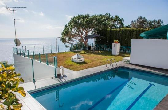 Maison Lloret De Mar - 7 personnes - location vacances  n°45884