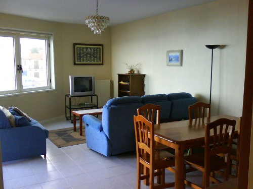 Maison hendaye louer pour 5 personnes location n 46086 for Location garage hendaye