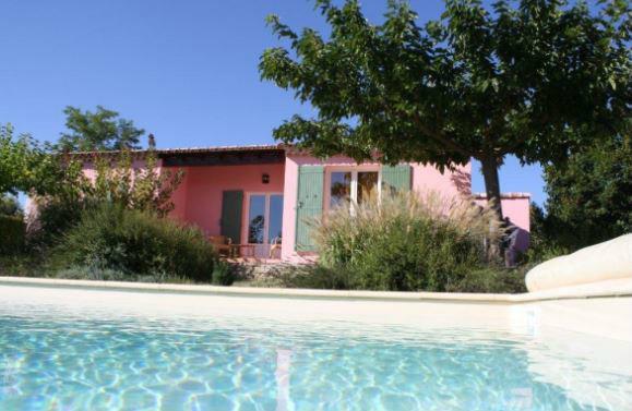 Maison 6 personnes Saint Quentin La Poterie - location vacances  n°46238