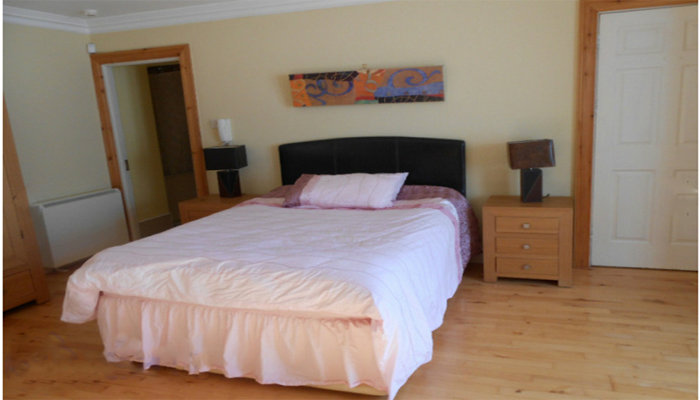 Dublin - 4 people - holiday home  #46467