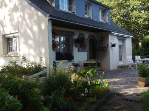House in POULLAN SUR MER - Vacation, holiday rental ad # 47148 Picture #1