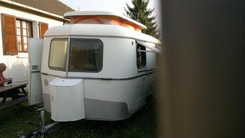 Vacances en caravane - Caravane Vintage Eriba 3/4 pl Tbien à Louer, à ...