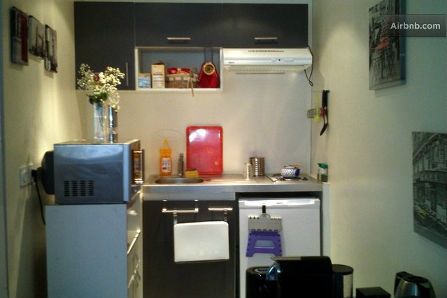 Studio in Paris - Vacation, holiday rental ad # 47295 Picture #3