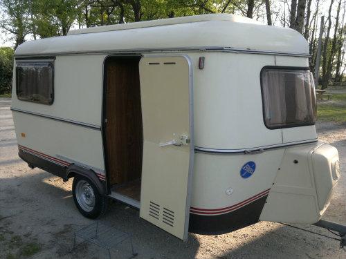 Caravane Chateaudun - 4 personnes - location vacances